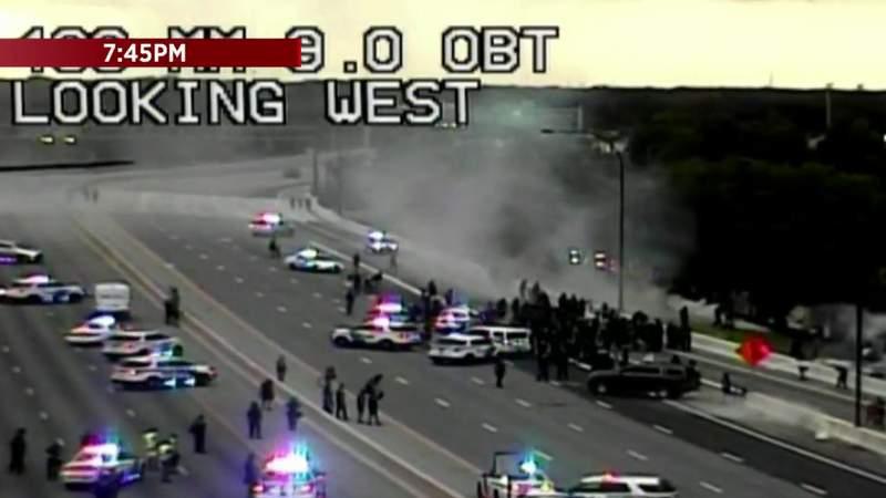 SR 408 traffic shut down after demonstrators take over highway