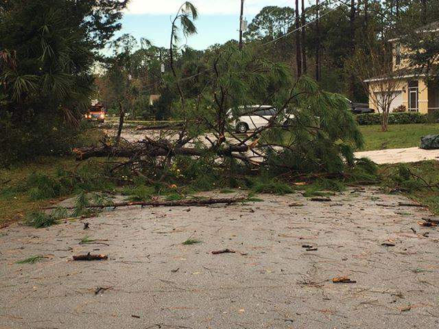 Damage left behind in area of Seminole Woods in Palm Coast after EF-1 tornado rips through nearly 20 miles of Flagler County. (Image: Tracy Casas-Jones)