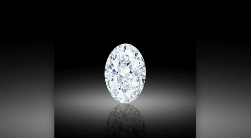 'Flawless' 102-ct diamond sells for $15.7 million