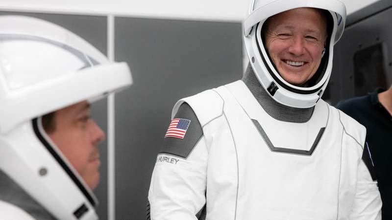 Spaceflight pioneer astronaut Doug Hurley retires from NASA after 21 years